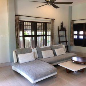 krabivillas villa lilawan living room